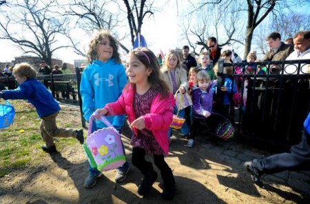 Click for pictures of last year's egg hunt!